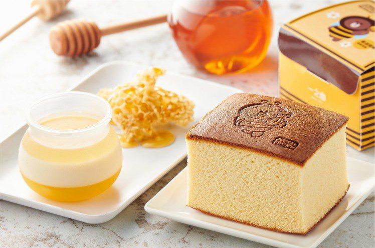 蜂蜜布丁罐(左)、一之鄉Line friends熊大蜂蜜蛋糕(右)。圖/全聯提供