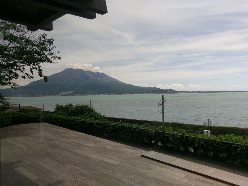 由松風軒遠眺櫻島