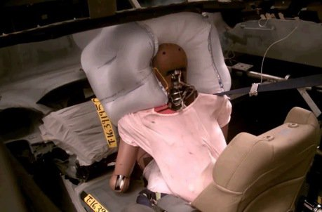 Honda正研發全新前乘客座氣囊 像棒球手套接住你的頭!