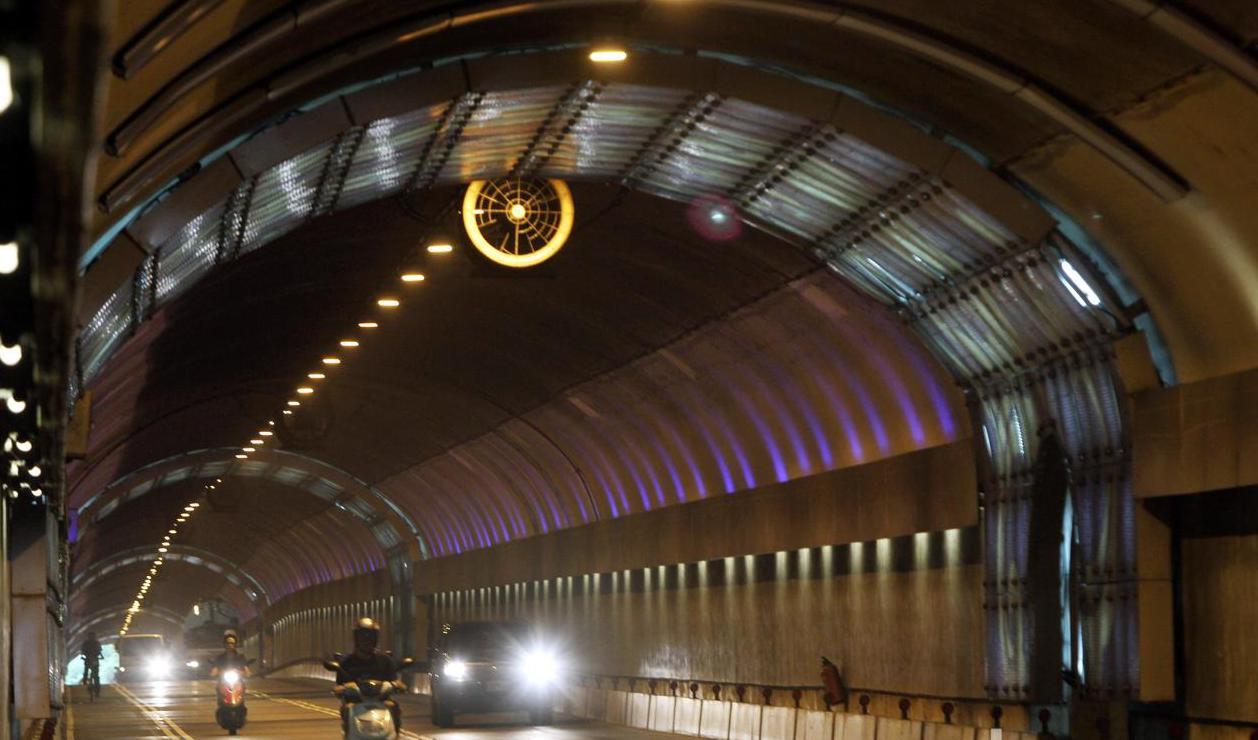 北市自強隧道9月1日起實施區間測速。圖/報系資料照片