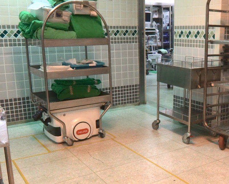 台灣第一部自產並用於醫院的「AI智慧型自走車」,最近已成功應用於台中榮總的手術室...