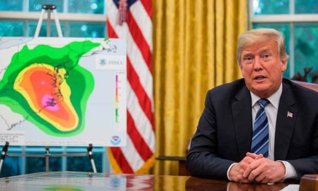 美國媒體報導,川普不只一次建議美軍用核彈炸颶風。法新社