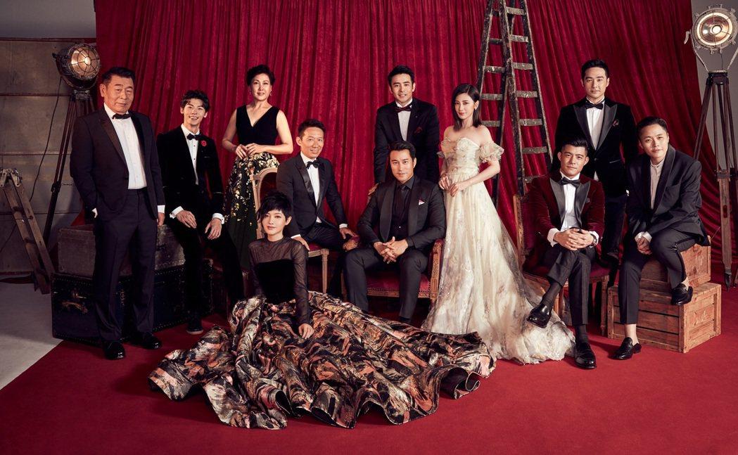 「罪夢者」演員陸一龍(後排左起)、許光漢、沈海蓉、郭子乾、章立衡、賈靜雯、周洺甫