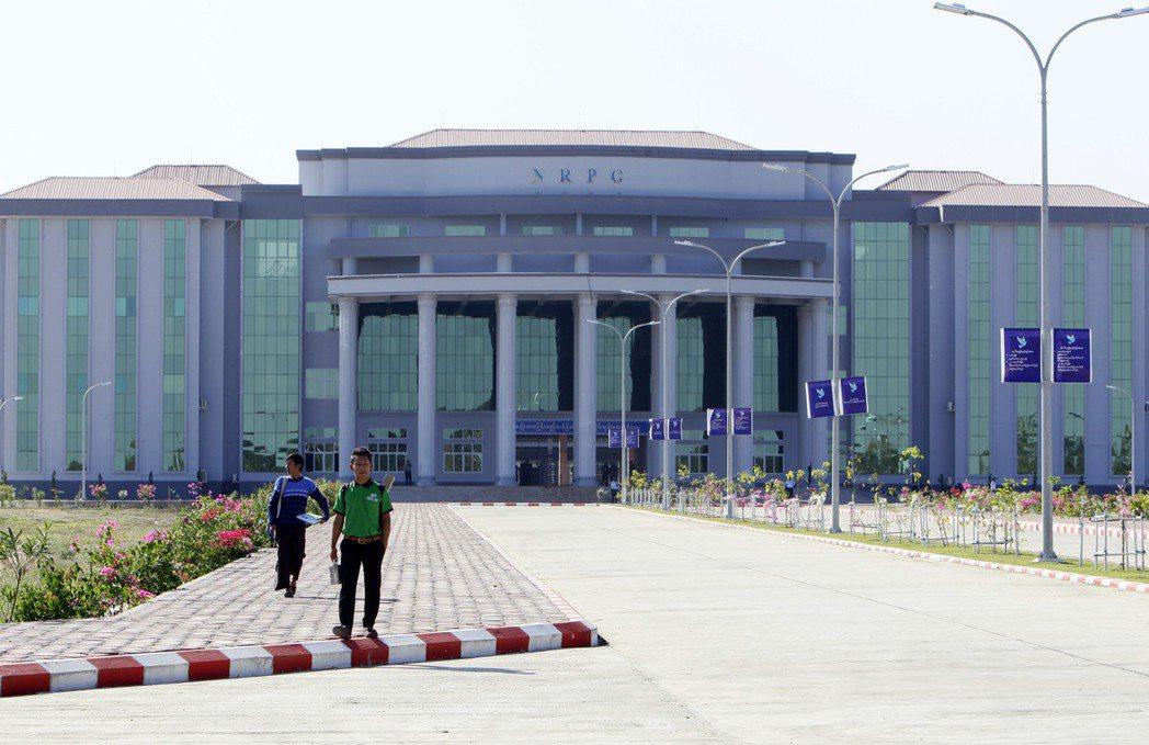 緬甸軍政府2005年遷都至奈比多,圖為奈比多的緬甸和平中心。 (美聯社)
