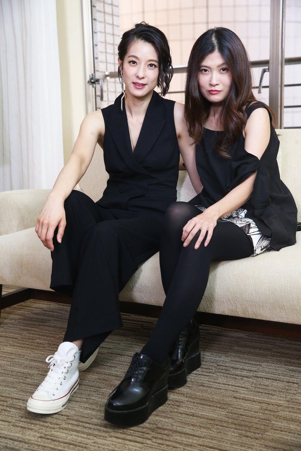 電影《花椒之味》導演麥曦茵(右)、演員賴雅妍(左)。記者徐兆玄/攝影