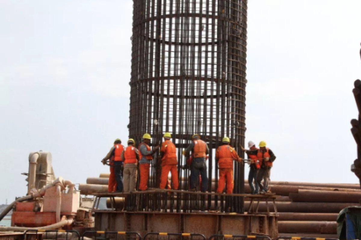 平潭海峽公鐵兩用大橋還是大陸規畫建設北京至台灣高鐵路線的一段。 圖/翻攝自觀察者...
