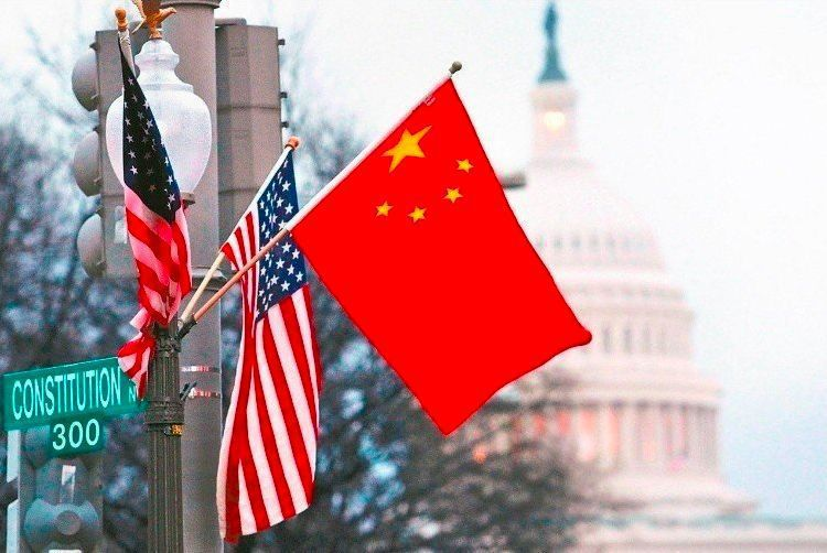 美國、中國昨日雙方又釋出善意,激勵美股昨夜彈升,亞股今日也呈現反彈,其中台股開盤隨即站回年線之上。路透