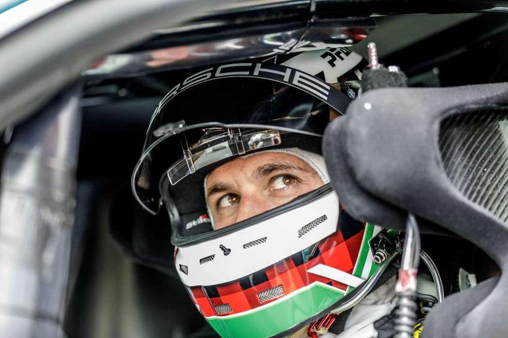 此次測試車手Lars Kern。 圖/Porsche提供