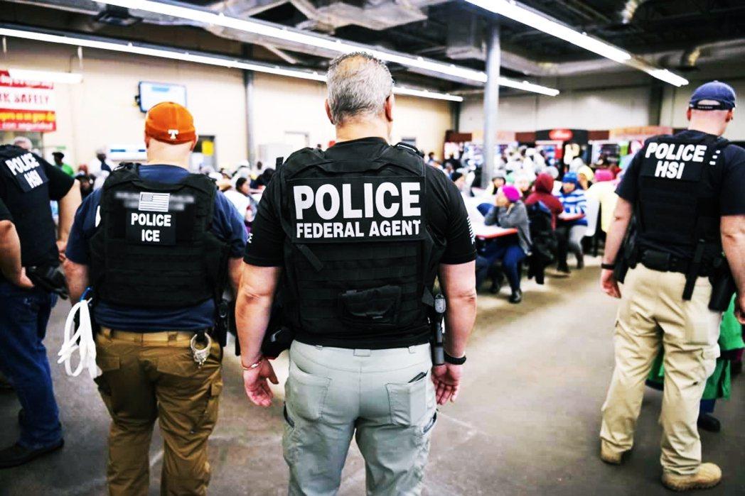 ICE的設立,顯現美國在反恐脈絡下,對移民議題的規劃,更聚焦於移民隱含的潛在安全...