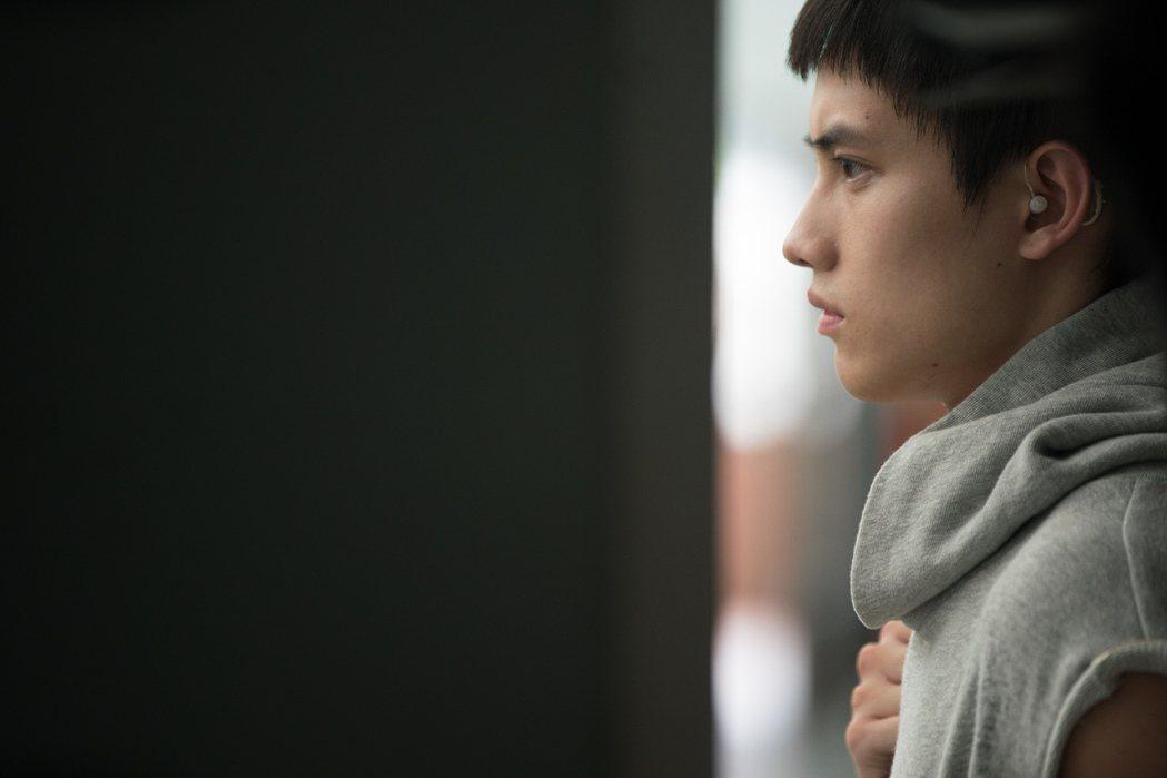 「下半場」男主角之一范少勳在片中飾演聽障球員姜秀宇。圖/華納提供