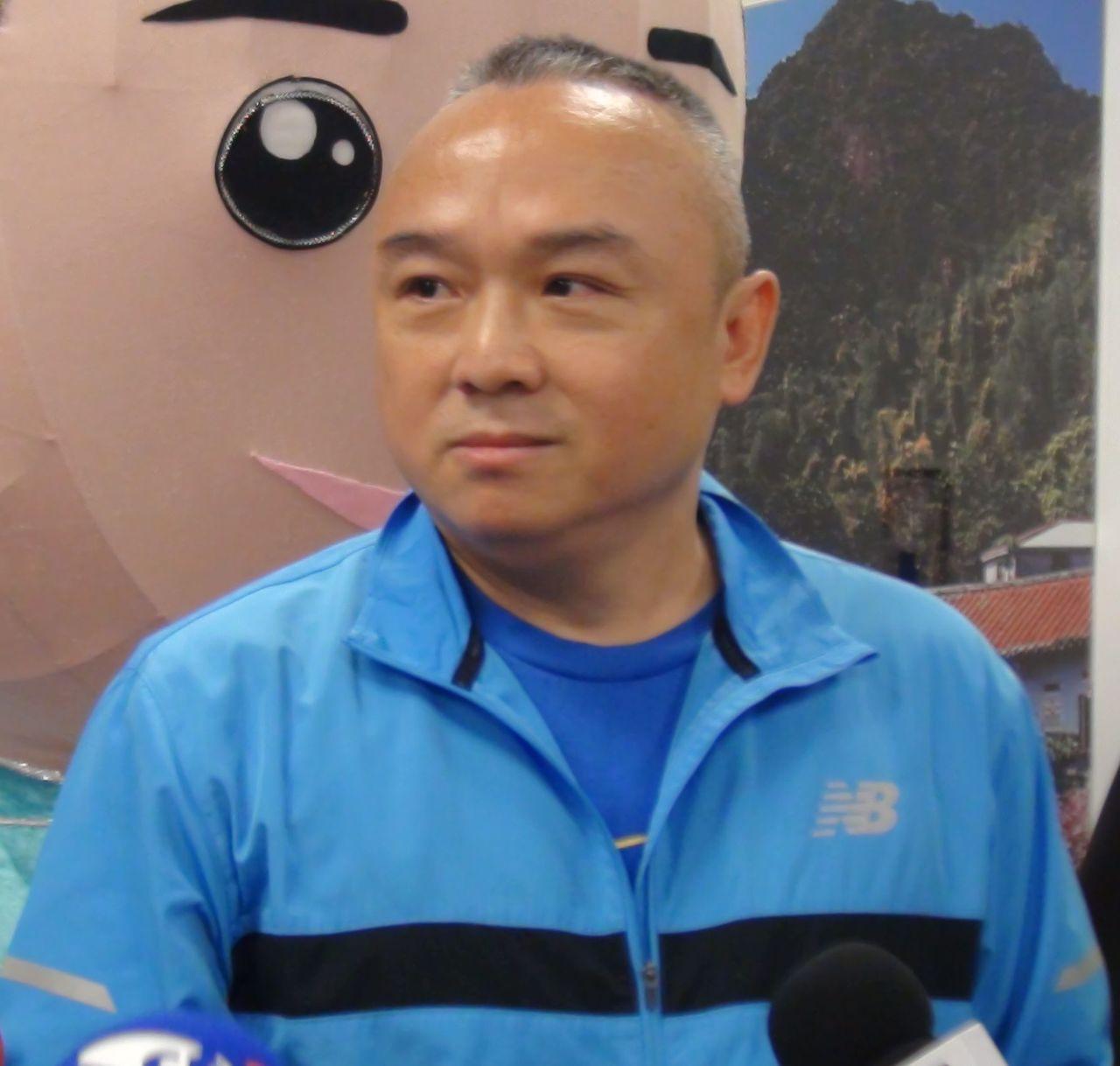 對於所謂9月要辭職到韓國瑜競選總部負責網軍空戰的傳聞,高雄市觀光局長潘恒旭覺得「...