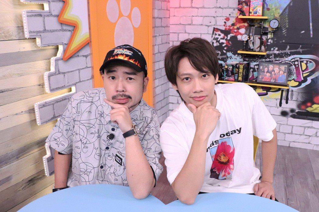 阿達(左)和尼克在「Game什麼東西」演短劇。圖/狼谷競技台提供
