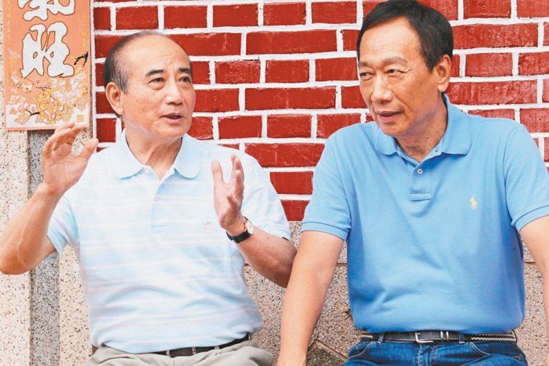 王金平(左)、郭台銘(右)。 聯合報系資料照片