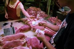 中美貿易戰陰影下 中國豬肉飆升「一天一個價」