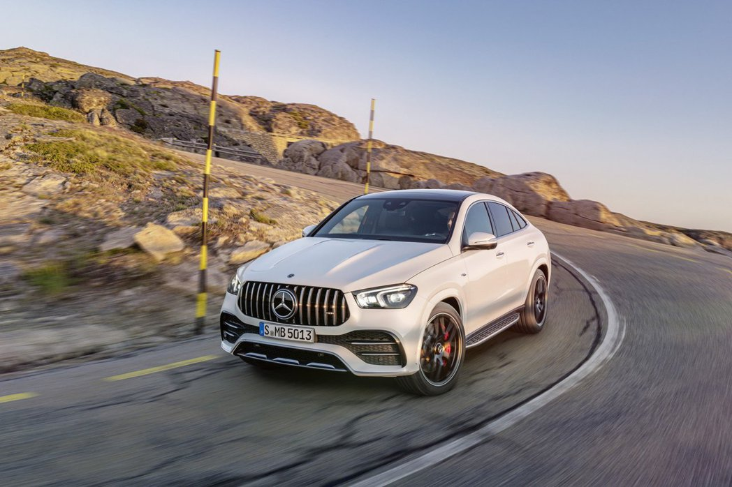 新世代Mercedes-AMG GLE 53 4MATIC+ Coupe。 摘自...