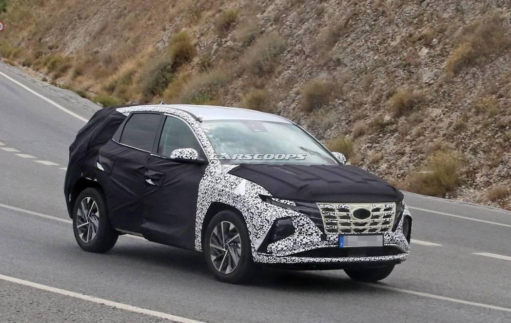 預期大改款Hyundai Tucson的車身尺碼將會放大。 摘自Carscoop...