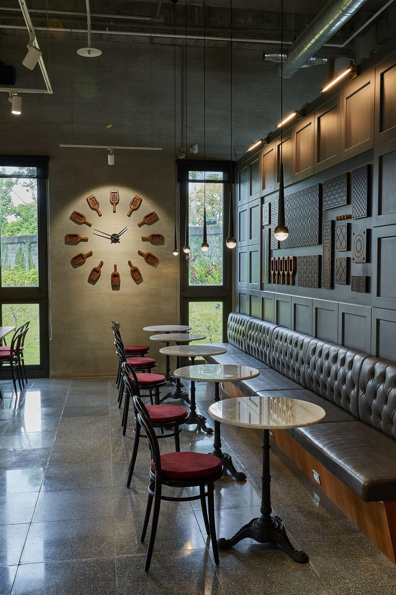 舊振南漢餅文化館充滿現代與時尚感。