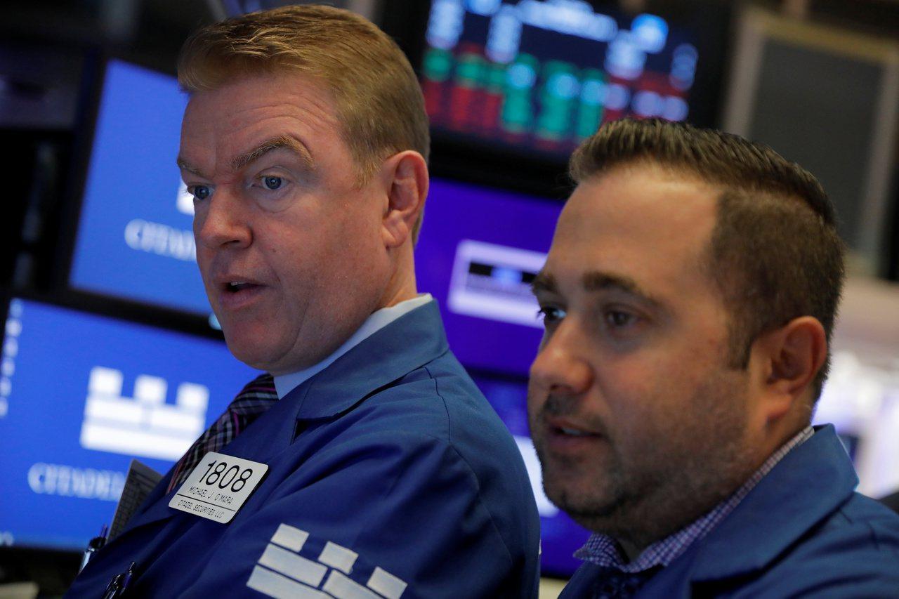 美股周二開高走低,因經濟衰退疑慮未消,美中貿易談判充滿不確定性。 路透