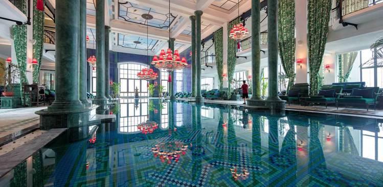 de la Coupole精品酒店連泳池都深具法式浪漫。圖/品冠旅遊提供