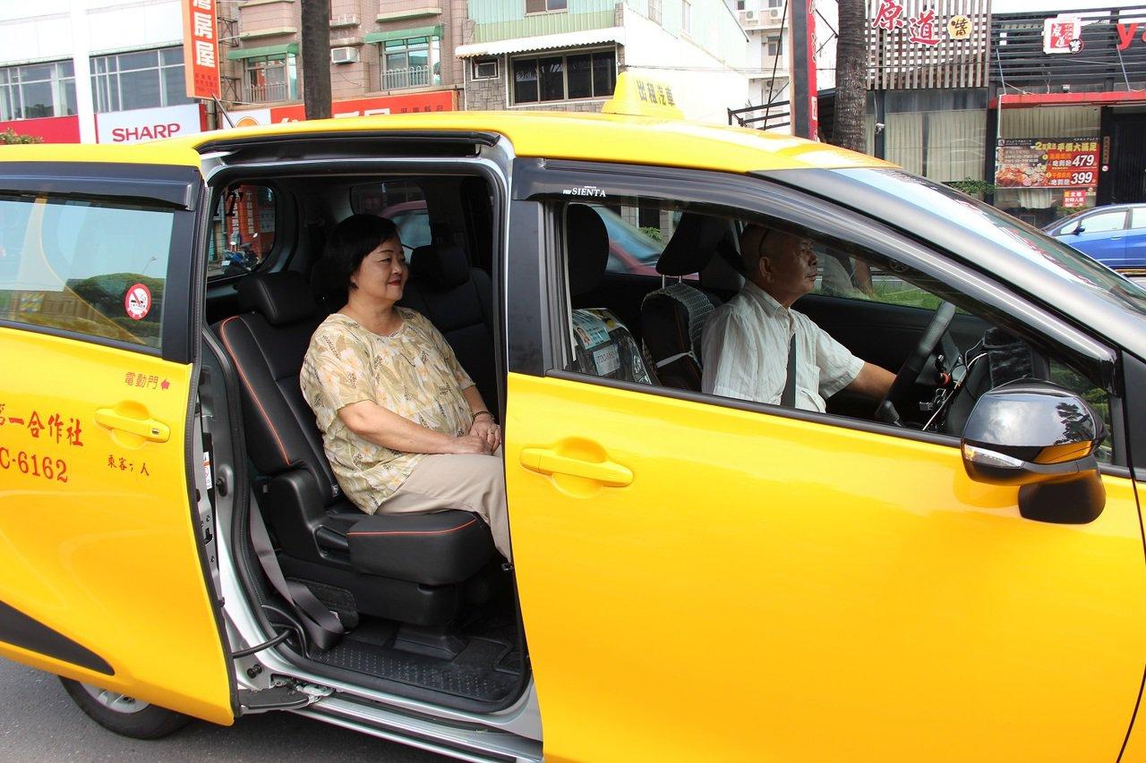 屏東縣政府九月起推出小黃公車全新服務。圖/屏東縣政府提供