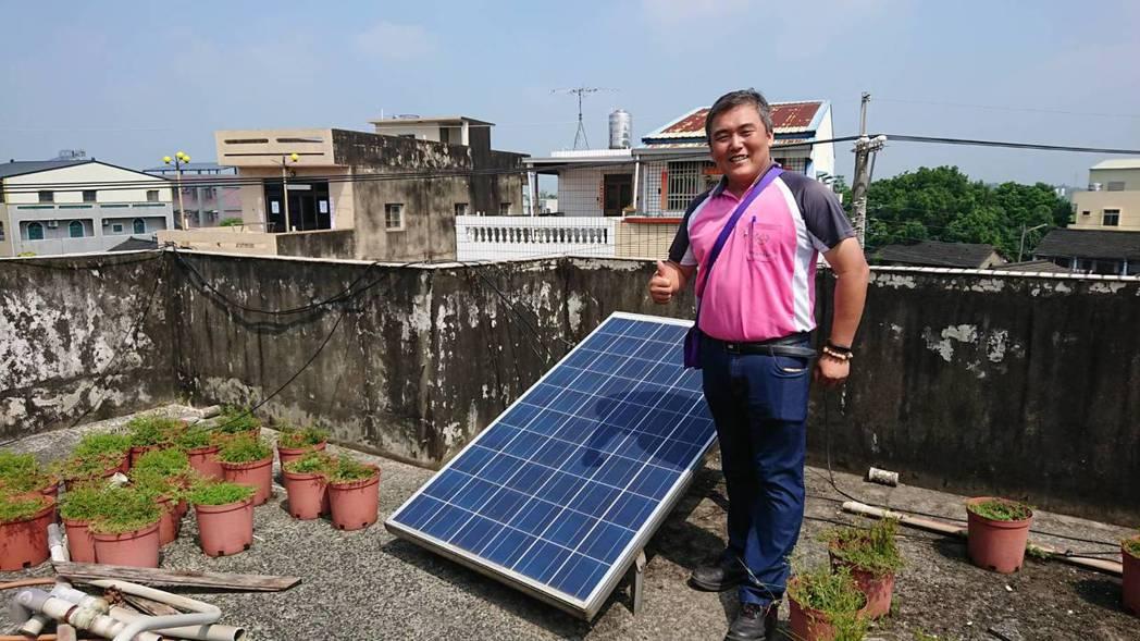 江志弘表示,成立公民電廠合作社,助社區居民賺錢,同時也能回饋社區。記者卜敏正/攝...
