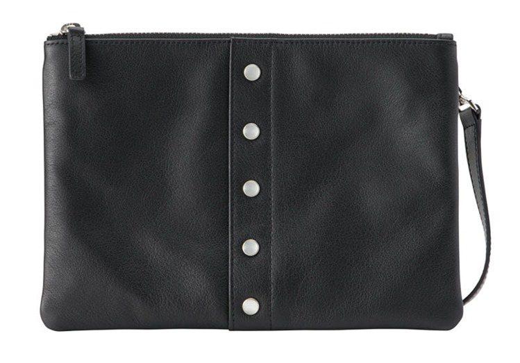 皮革肩背包,9,580元。圖/agnè s b.提供