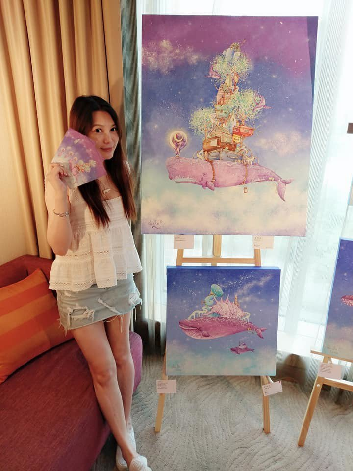 影/林右昌妹是正妹插畫家 海科館「大鯨魚」出自她手