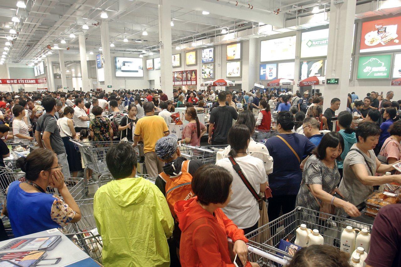 對好市多而言,中國具備絕佳的機會,理由是當地消費者的財務基礎已臻成熟,就會產生相...