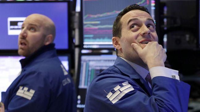 近來看似不相關的市場領域齊漲齊跌的頻率異常高,讓一些投資人提高警覺。美聯社