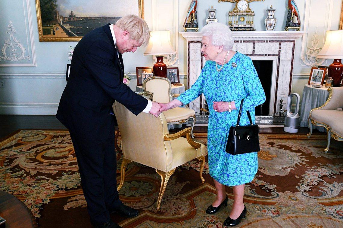 強生內閣強調,由於脫歐惡鬥的政治困境,上一次的女王演說已是2017年6月、前首相...