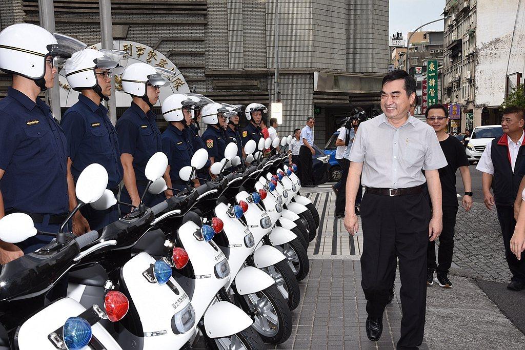 副市長鄧家基表示:「感謝臺北市警察局同仁的努力付出,也謝謝Gogoro的鼎力相助...
