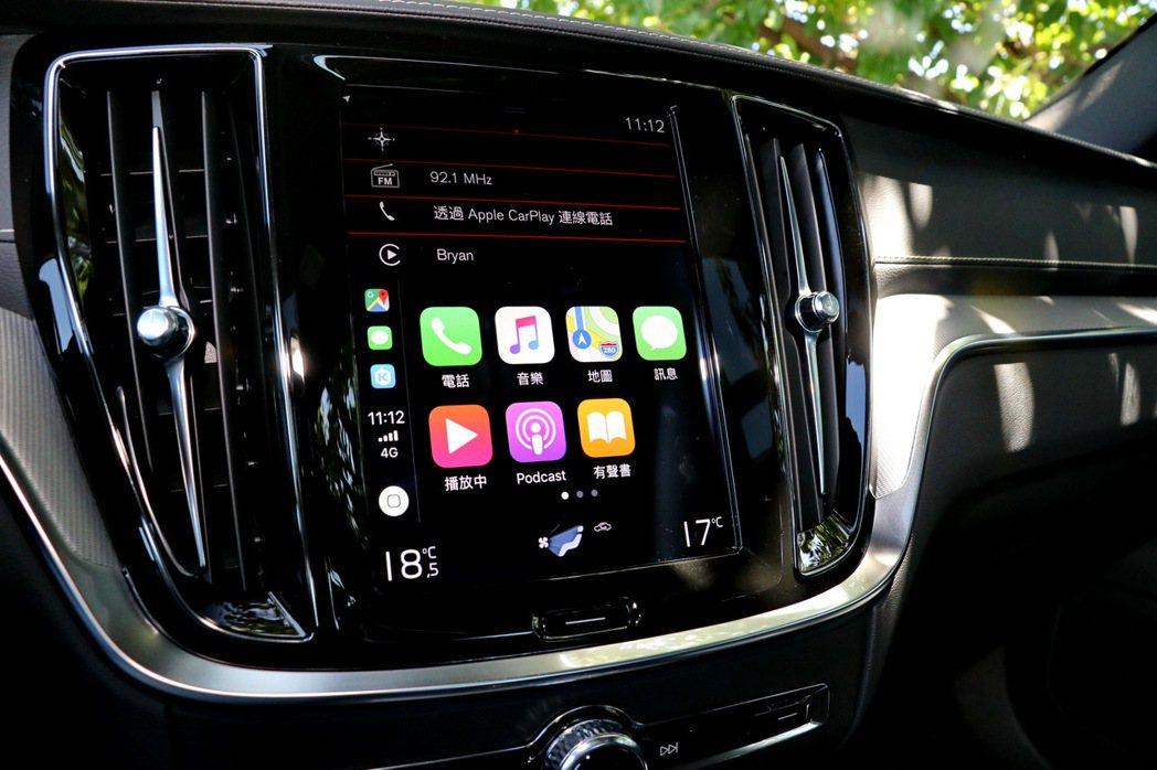 9吋螢幕則含括多數車內操作功能,更支援Android Auto及Apple Ca...