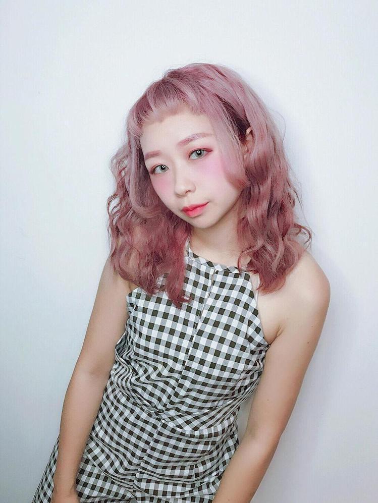 髮型創作/A'mour 252 5店 / Joanne 喬安。圖/StyleMa...