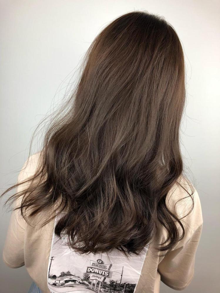 髮型創作/FIN HAIR SALON一館 / Yuri。圖/StyleMap美...
