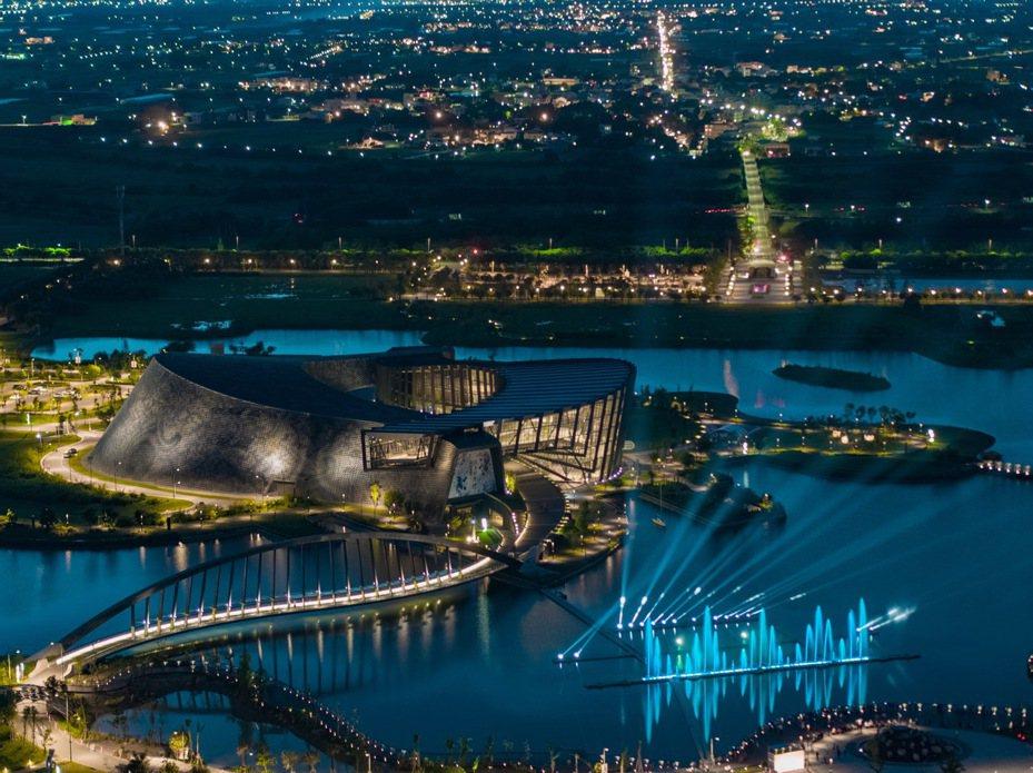 故宮南院音樂水舞秀、3D水幕電影,即將在本週日畫下句點。圖/故宮南院提供