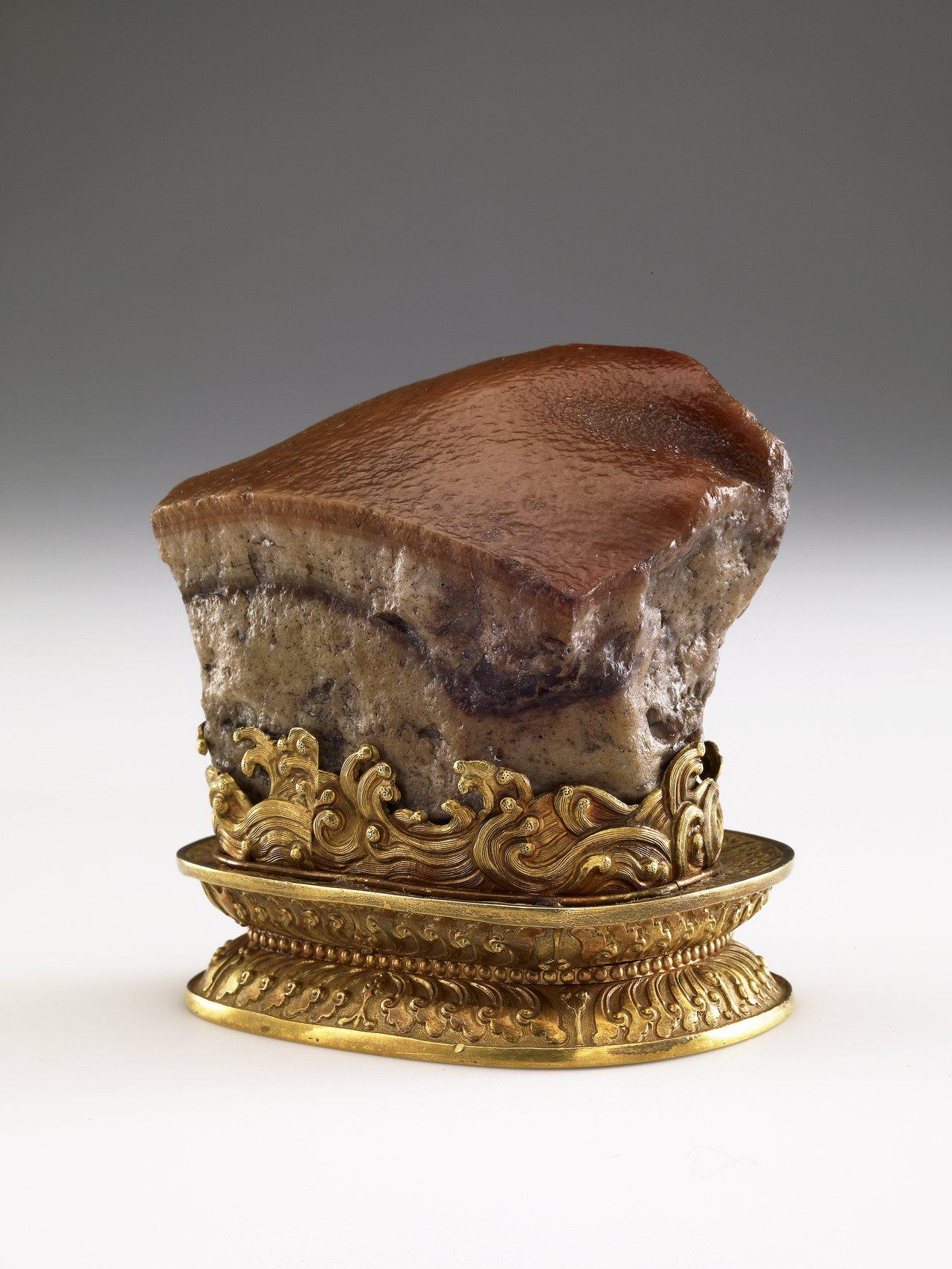 故宮人氣國寶「肉形石」9月3日將在故宮南院二樓至寶廳展出,展期至明年1月19日止...