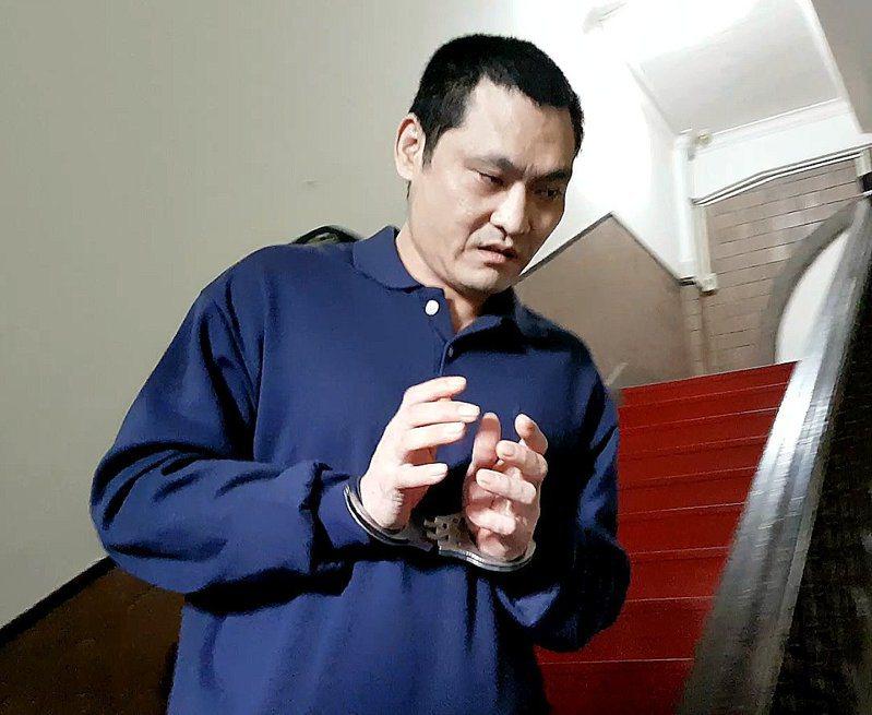 葉俊平對於二審改遭重判為5年2月徒刑,埋怨「判太重」。記者王宏舜/攝影