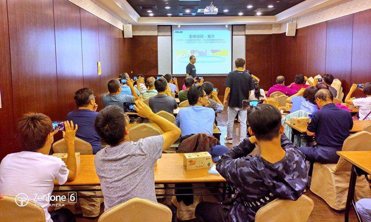 華碩首創ZenFone 6用戶專屬學堂,今年8月開跑以來,活動場場爆滿,學員滿意...