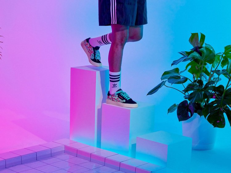 adidas x AriZona聯名系列鞋款將於9月1日全球同步上市。圖/adi...