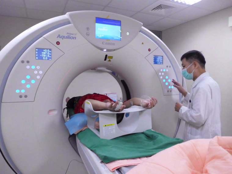 健保署分析去年第4季14萬筆頭部CT檢查報告,約四成檢查結果與疾病無直接相關。 ...