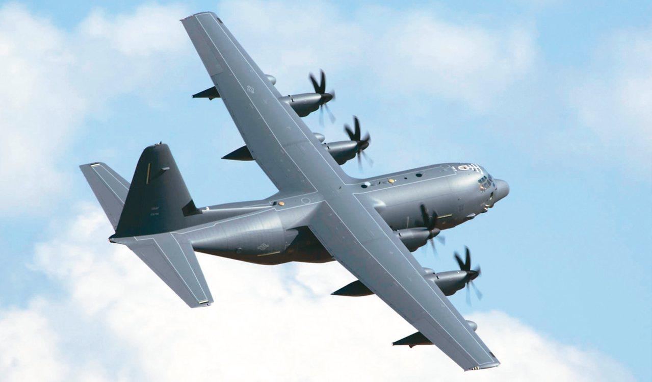 圖為MC-130J飛行的英姿。 圖/取自洛克希德.馬丁公司官網