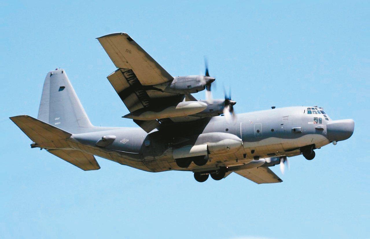 國防部證實一架美軍MC-130J特戰運輸機飛過台海。 圖/摘自網路