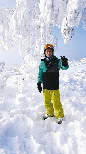 在所有滑過的雪場中,傅文芳最推薦野澤溫泉,周邊活動一應具全。 攝影/陳立凱   ...