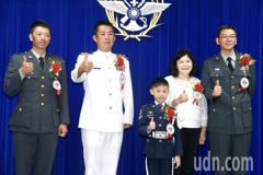 軍人節表揚 蔡英文:國家安全就交給我跟國軍
