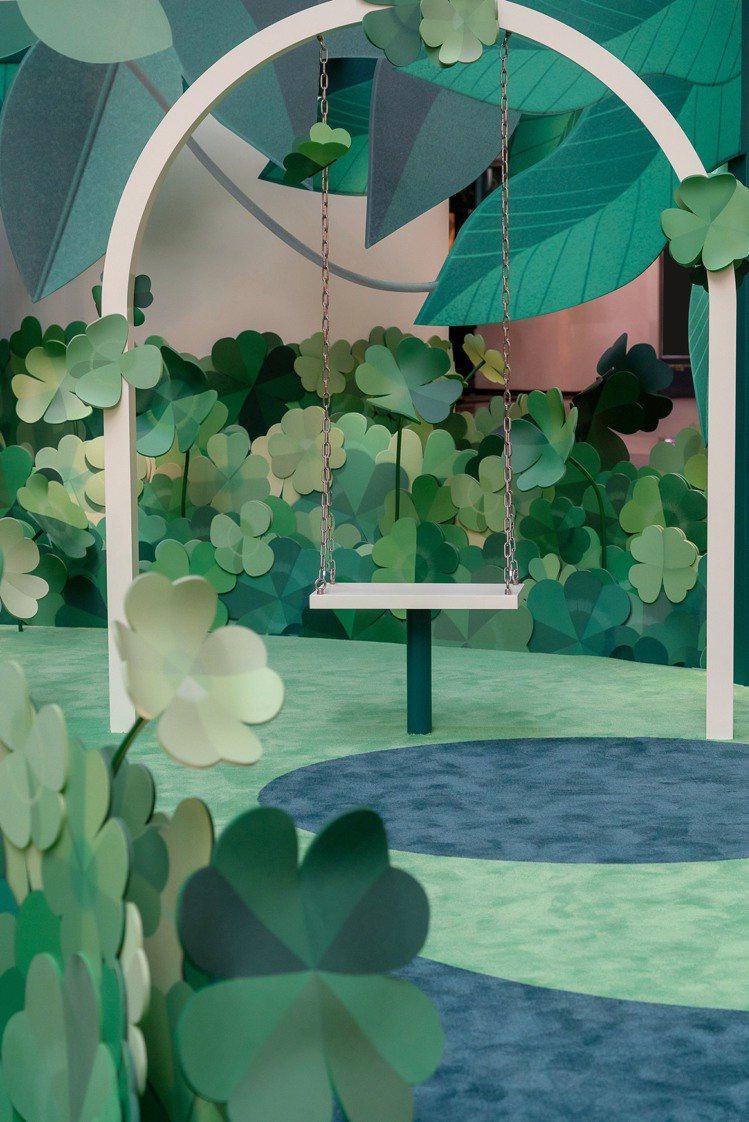 梵克雅寶在台北101購物中心4樓都會廣場呈獻「Alhambra幸運花園」至8月3...