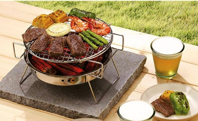韓國SELPA多功能超輕量便攜烤肉爐(L號),原價799元、博客來特價599元。...