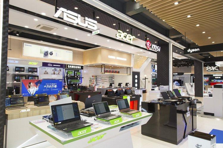 全國電子Digital City竹北店開闊獨立多元的3C品牌專區,讓消費者ㄧ站購...