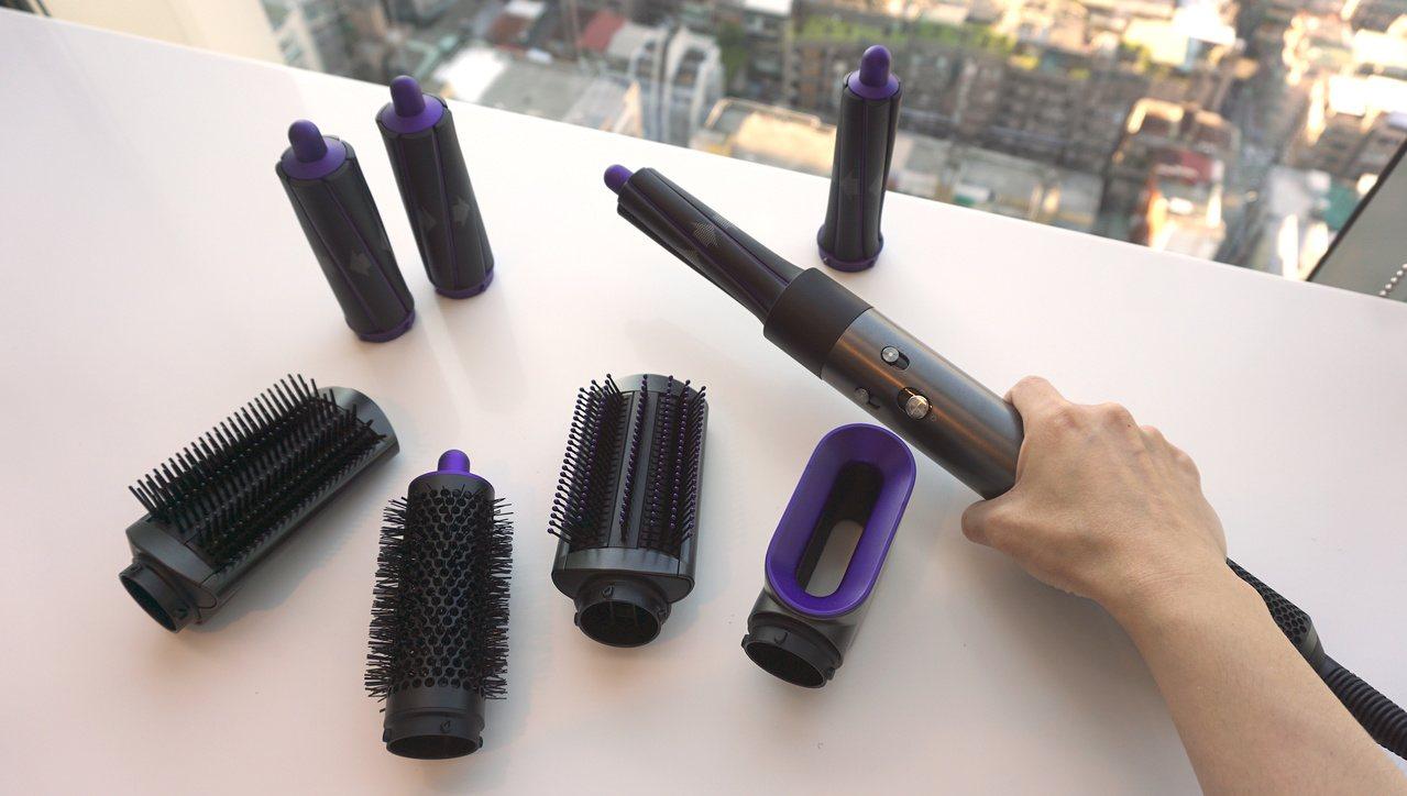 Dyson Airwrap造型器奢華紫限定版只提供全配組,內含6件專業造型配件。...