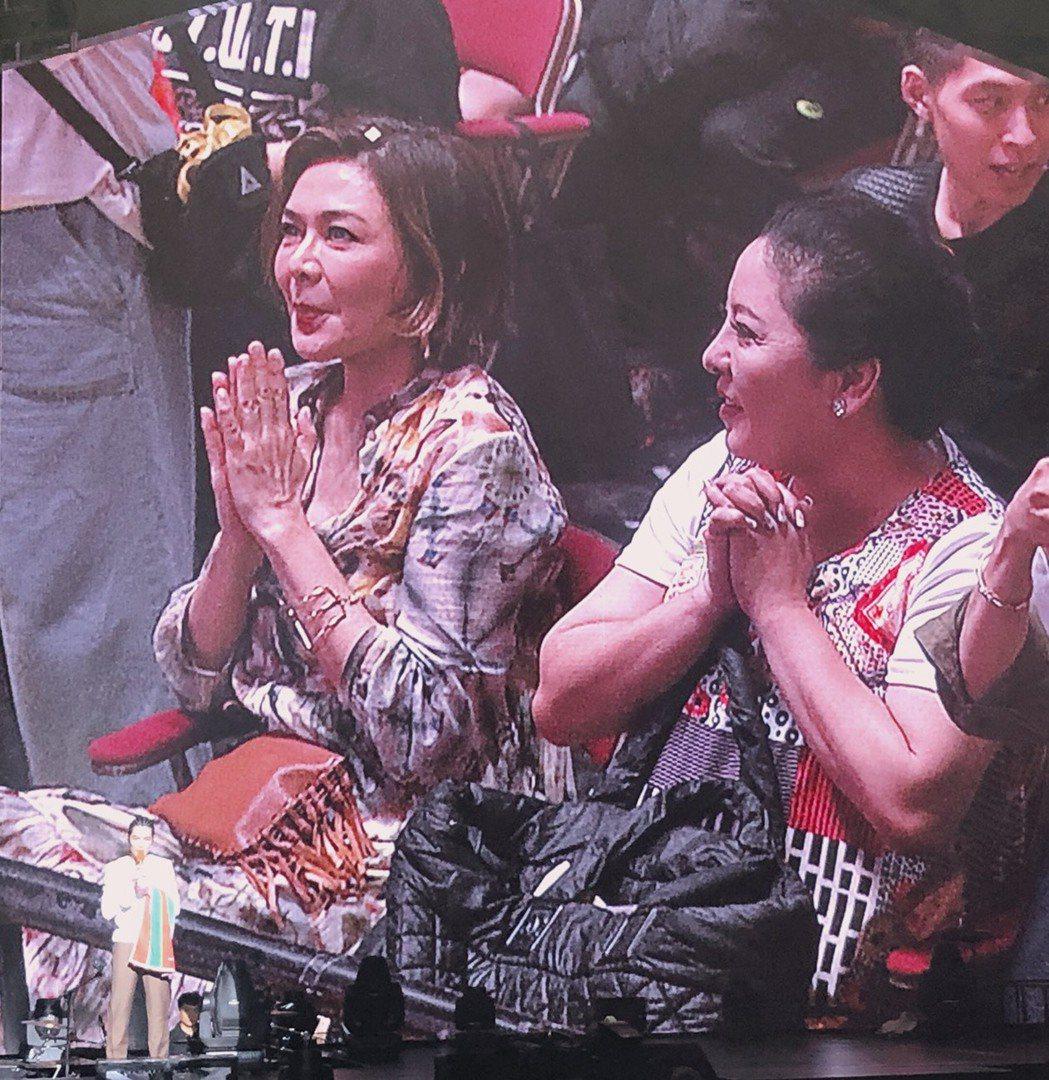 關之琳到場觀賞蕭敬騰的演唱會。 記者許晉榮/攝影
