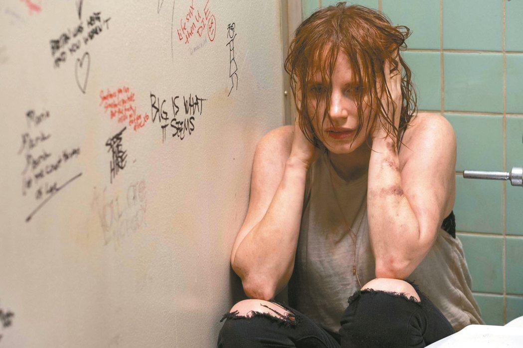 影后潔西卡雀絲坦在電影中有崩潰演出。 圖/華納兄弟提供